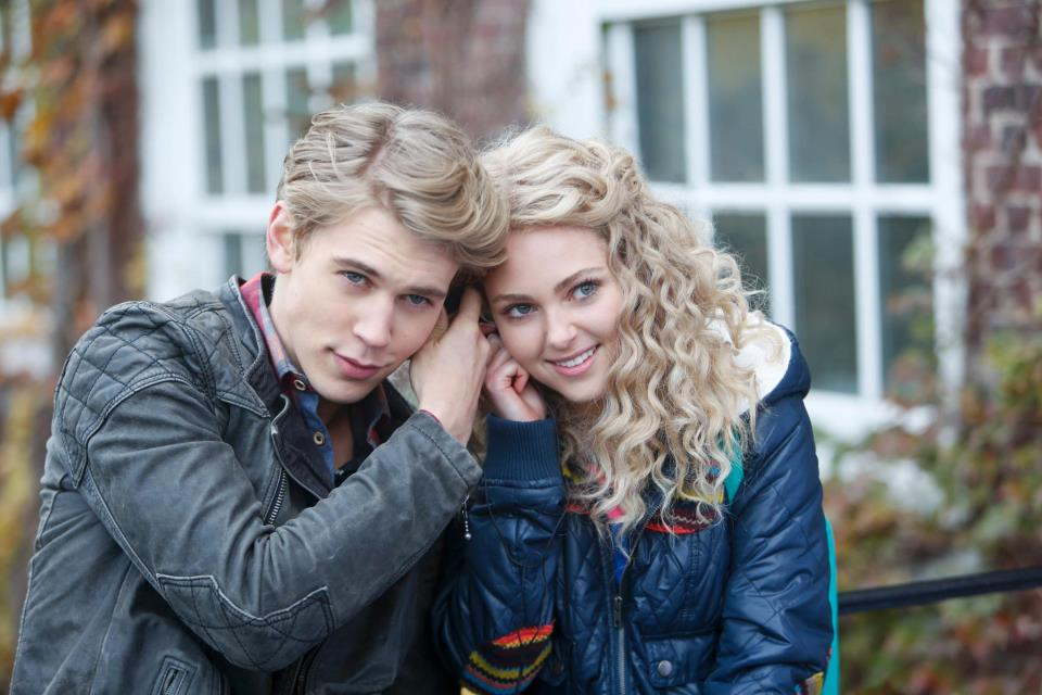 The-Carrie-Diaries-Episode-11-Identity-Crisis