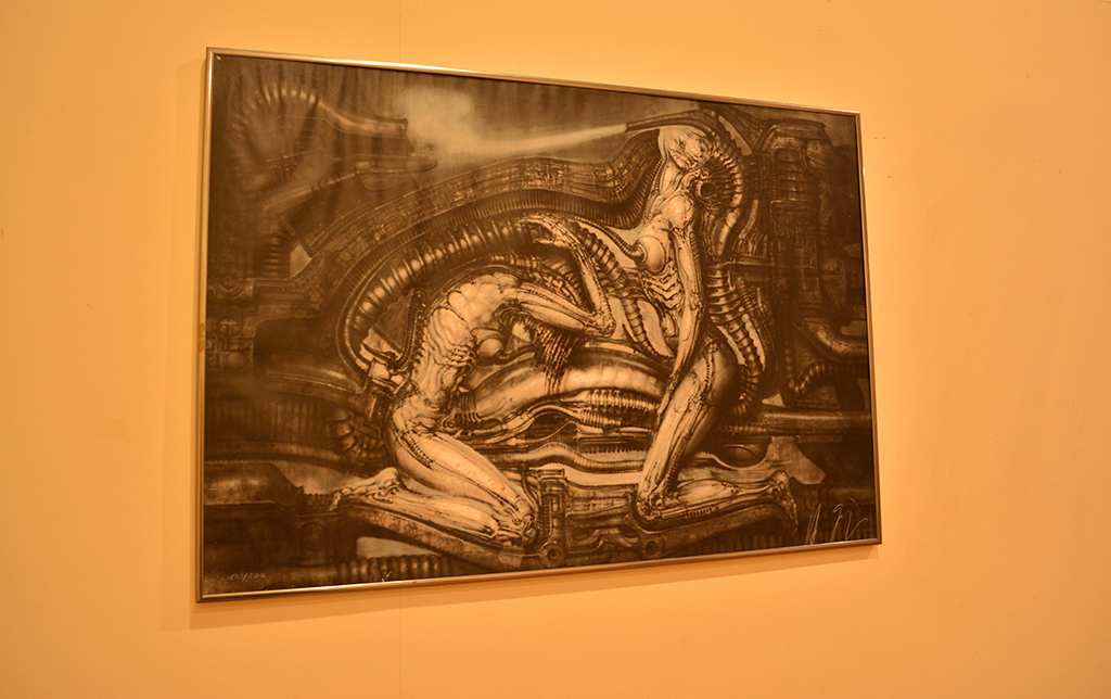 Um dos quadros elaborados pelo suiço H.R. Giger, morto neste ano (Lara Paiva)
